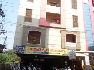 2BHK Flat for rent at Cinema Road, Tuni