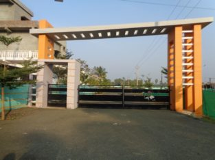 100 Residential Land/Plots For Sale DTCP Approved Layout at Main Road, Korangi