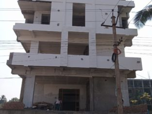 G +3 Commercial Building For Rent at Main Road, Thatipaka
