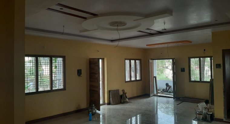 3 BHK House For Rent at V.L Puram, Rajahmundry.