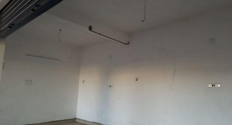 2BHK Flat for Rent at Bandar Road, Vijayawada