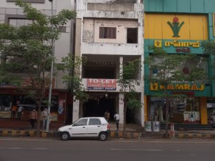 G +3 Commercial Building For Rent at Main Road, Kakinada.